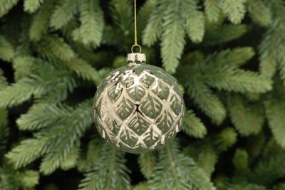 8cm gold leaf with emerald green glass ball
